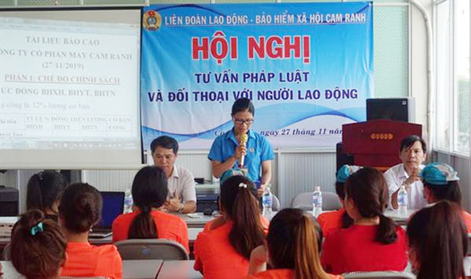 Khánh Hòa: Giúp công nhân nắm rõ chính sách, pháp luật - Ảnh 1.