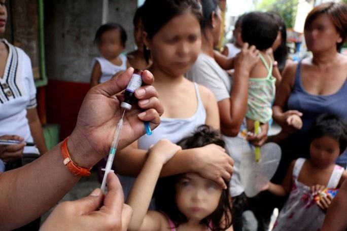 Dịch bại liệt bùng phát tại nơi diễn ra SEA Games 30, chuyên gia chỉ cách ngừa bệnh - Ảnh 1.