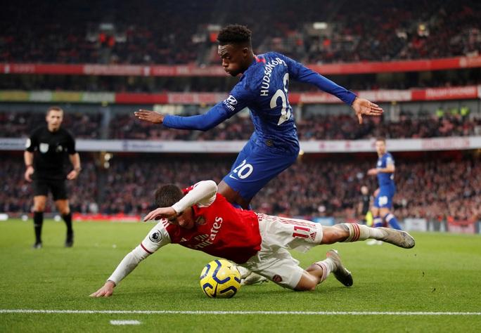 Huyền thoại Arsenal nói gì sau thất bại của Pháo thủ trước Chelsea? - Ảnh 1.