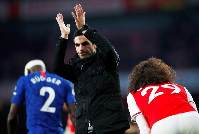 Huyền thoại Arsenal nói gì sau thất bại của Pháo thủ trước Chelsea? - Ảnh 4.