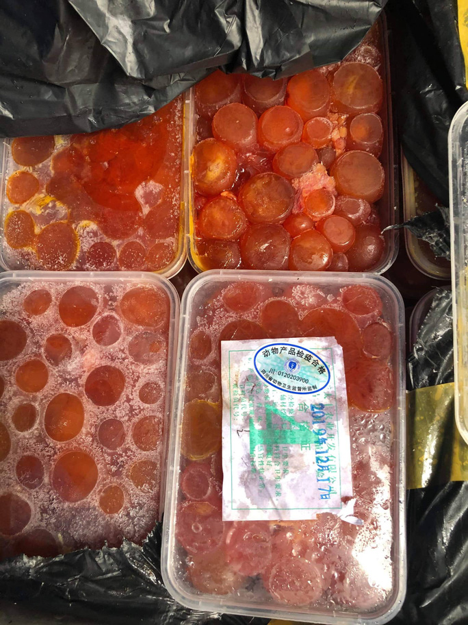 Xe siêu thị MM Mega Market chở hàng tấn thực phẩm đông lạnh nhập lậu? - Ảnh 2.