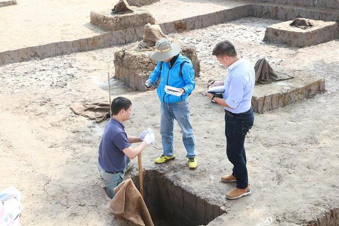 Thăm dò, khảo cổ bãi cọc Bạch Đằng ngàn năm tuổi bằng phương pháp radar, điện tử - Ảnh 3.