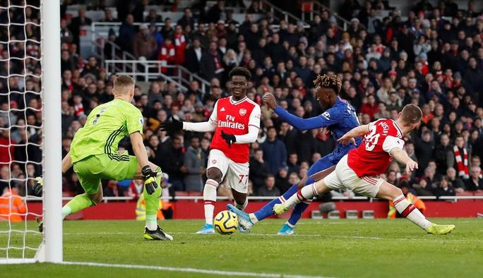4 phút điên rồ, Arsenal gục ngã sân nhà trước Chelsea - Ảnh 5.