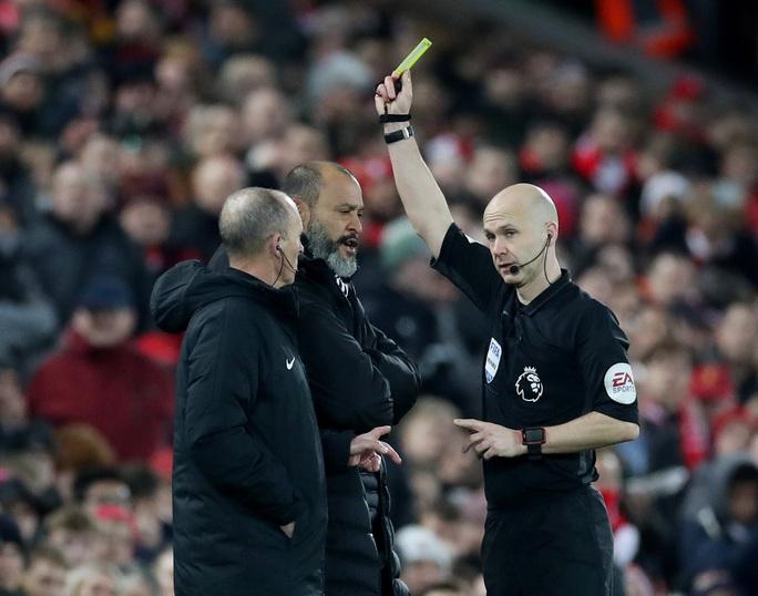 Ngoại hạng Anh sốc nặng khi VAR giải cứu Liverpool - Ảnh 6.