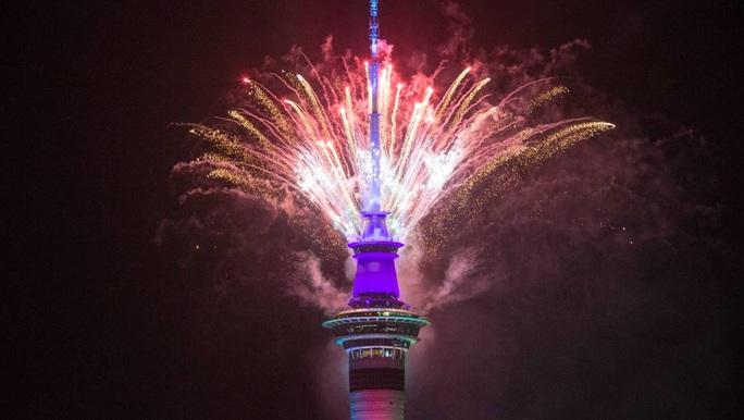 Úc vẫn rực rỡ pháo hoa mừng năm mới 2020 - Ảnh 25.