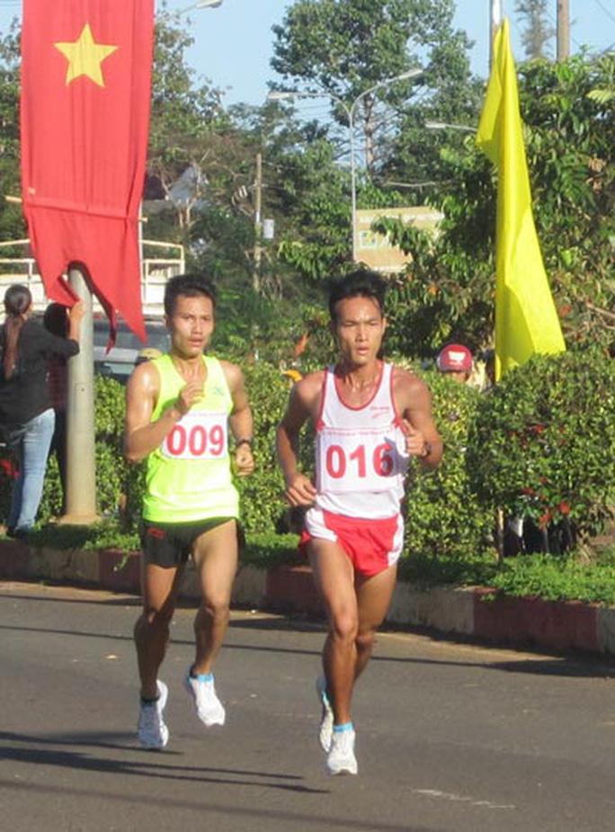Chân chạy số 1 Việt Nam tranh tài Giải việt dã Chinh phục đỉnh Bà Rá 2020 - Ảnh 5.