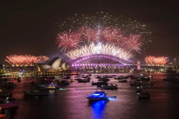 Úc vẫn rực rỡ pháo hoa mừng năm mới 2020 - Ảnh 20.