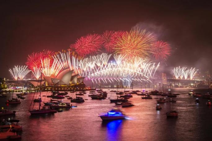 Úc vẫn rực rỡ pháo hoa mừng năm mới 2020 - Ảnh 19.