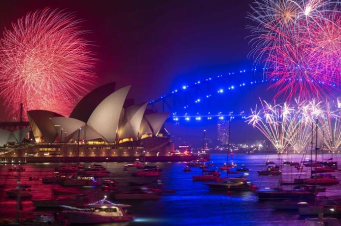Úc vẫn rực rỡ pháo hoa mừng năm mới 2020 - Ảnh 11.