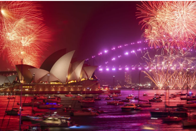 Úc vẫn rực rỡ pháo hoa mừng năm mới 2020 - Ảnh 9.