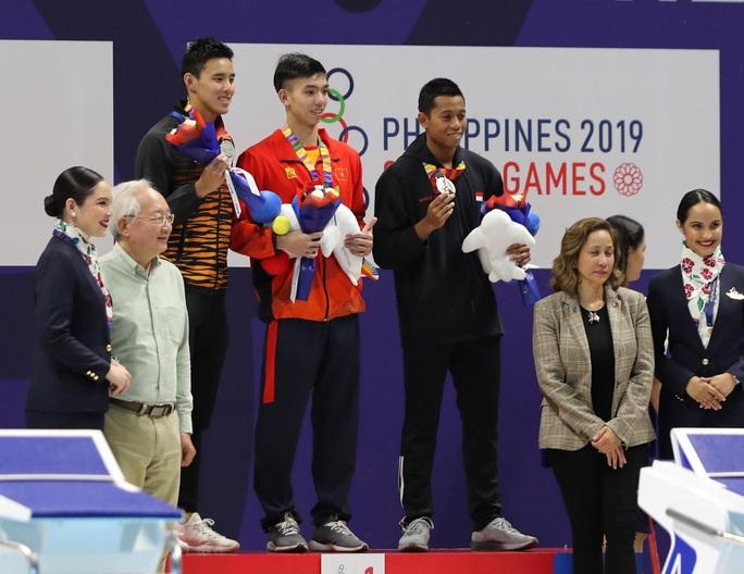 SEA Games 30: Huy Hoàng phá kỷ lục 400m tự do, lấy HCV đầu tiên môn bơi lội - Ảnh 7.