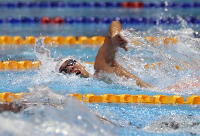 SEA Games 30: Huy Hoàng phá kỷ lục 400m tự do, lấy HCV đầu tiên môn bơi lội - Ảnh 4.