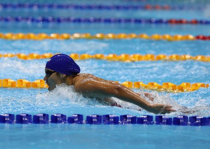 SEA Games 30: Huy Hoàng phá kỷ lục 400m tự do, lấy HCV đầu tiên môn bơi lội - Ảnh 9.