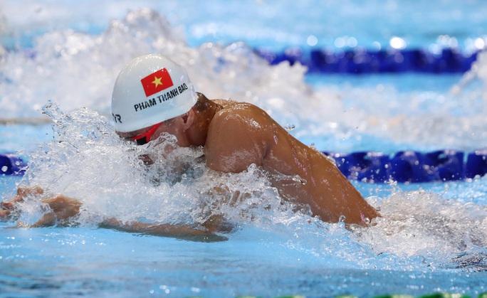 SEA Games 30: Huy Hoàng phá kỷ lục 400m tự do, lấy HCV đầu tiên môn bơi lội - Ảnh 14.