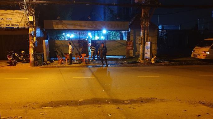 Hai thanh niên bị di lý từ Cà Mau lên TP HCM vì liên quan án mạng - Ảnh 1.
