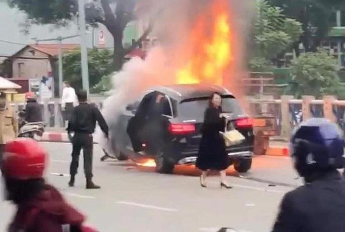 Khởi tố vụ án nữ tài xế xe Mercedes GLC 250 gây tai nạn thảm khốc ở Hà Nội - Ảnh 1.