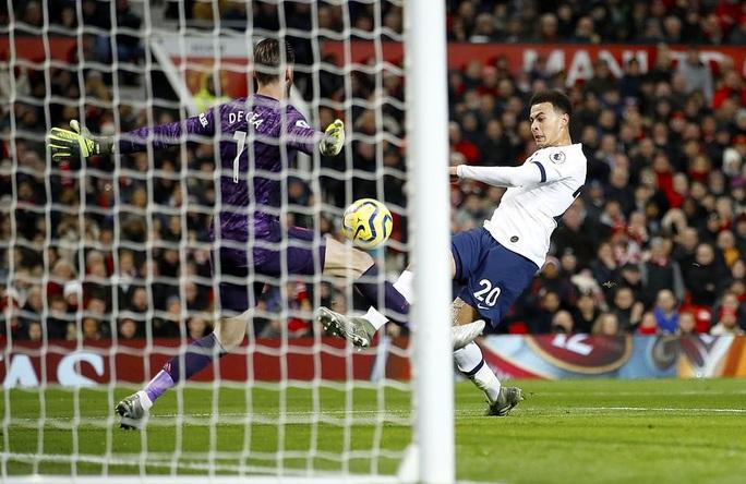 Marcus Rashford đánh bại đội bóng của Mourinho ở Old Trafford - Ảnh 5.