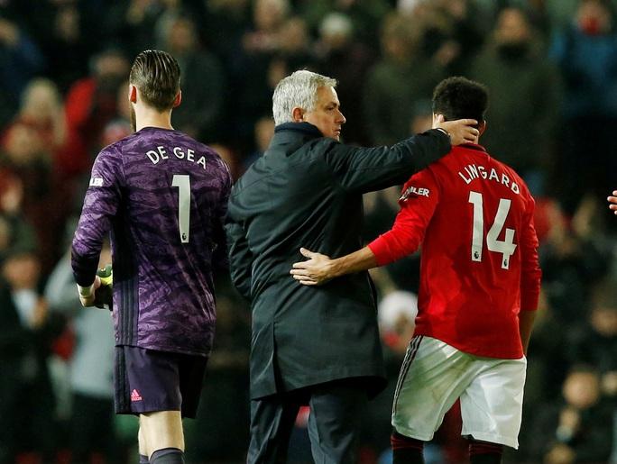 Marcus Rashford đánh bại đội bóng của Mourinho ở Old Trafford - Ảnh 10.