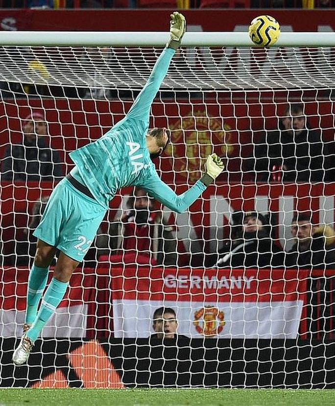 Marcus Rashford đánh bại đội bóng của Mourinho ở Old Trafford - Ảnh 4.
