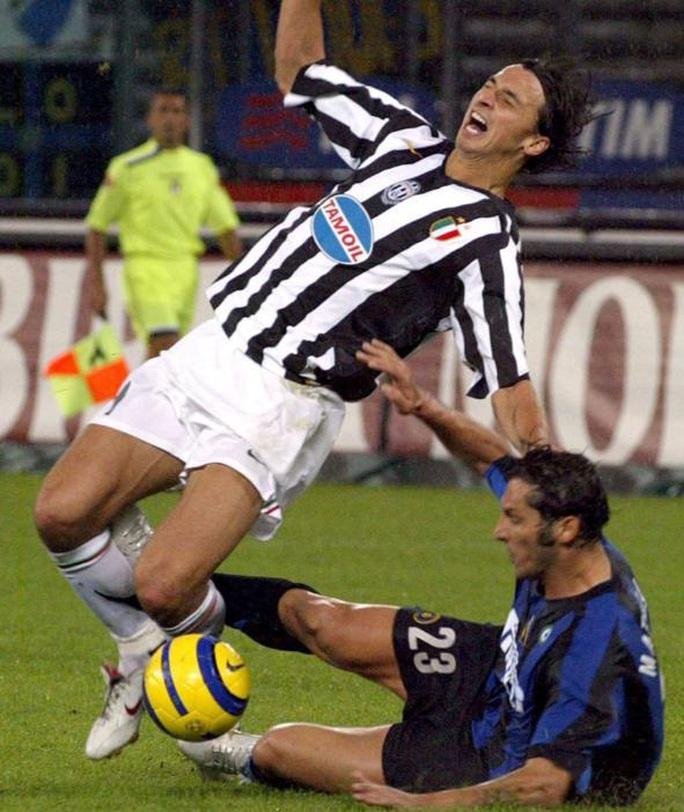 Ibrahimovic thú nhận đòn trả đũa kinh hoàng Materazzi sau 4 năm - Ảnh 2.