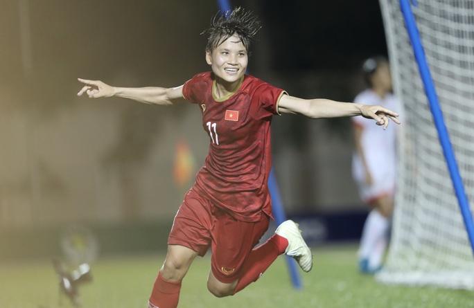 """""""Xem bóng đá nữ Việt Nam đỡ hồi hộp hơn xem U22 Việt Nam!"""" - Ảnh 2."""