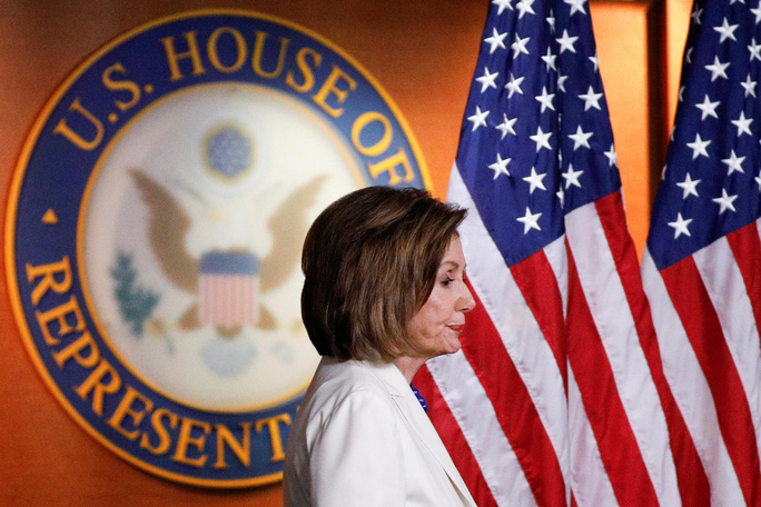 Chủ tịch Hạ viện Mỹ muốn phế truất ông Trump trước bầu cử 2020 - Ảnh 1.