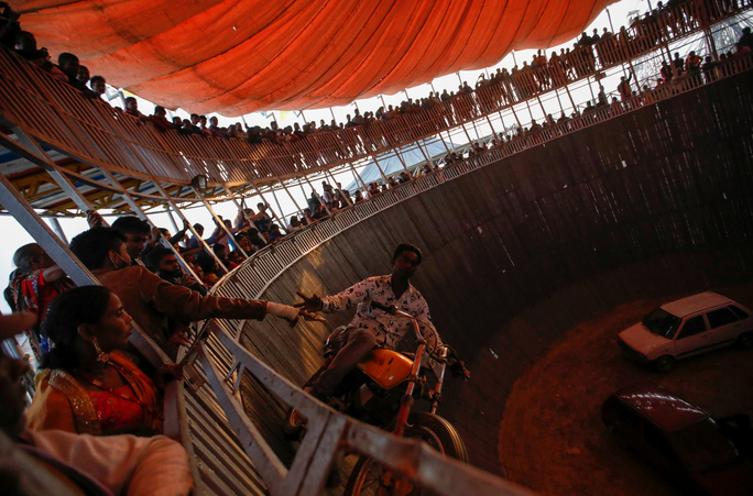 Rợn người tại lễ hiến tế động vật đẫm máu nhất thế giới - Ảnh 5.