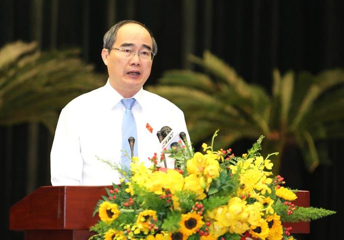 Bí thư Thành ủy TP HCM: Mỗi ngày TP thu ngân sách hơn 1.600 tỉ đồng - Ảnh 1.