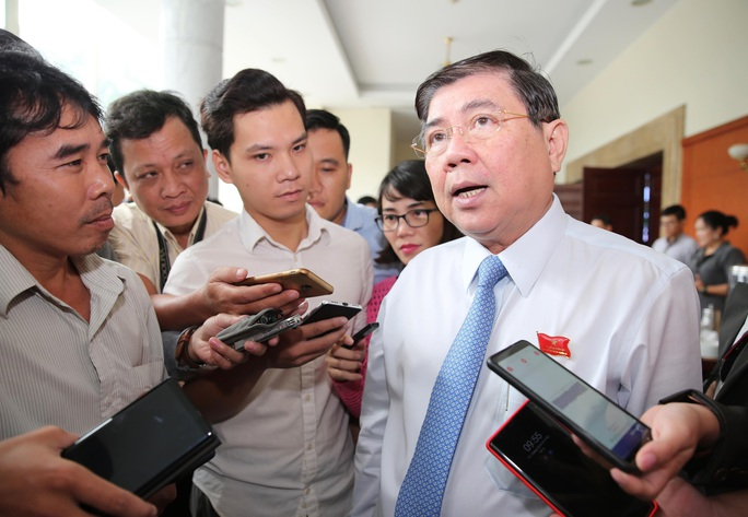 Chủ tịch UBND TP HCM: Tỉ lệ điều tiết ngân sách cho TP là thấp nhất thế giới - Ảnh 1.