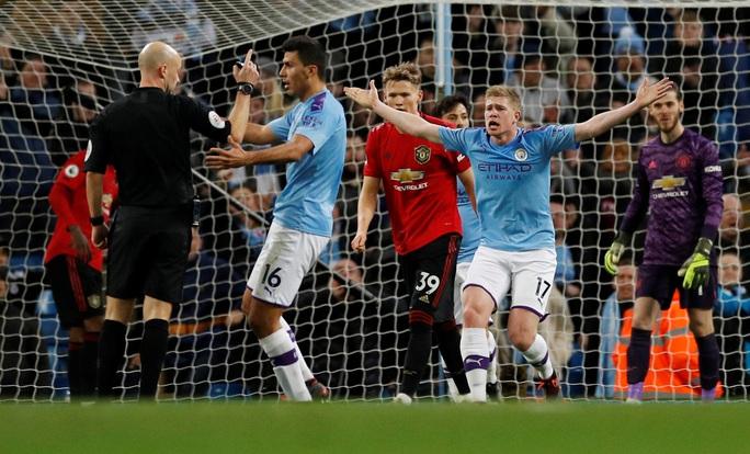 6 phút bùng nổ, song sát Man United gieo sầu Man City trận đại chiến - Ảnh 7.