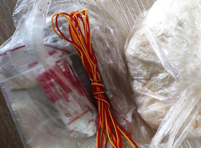 2 hành khách mang theo thuốc nổ lên chuyến bay Thanh Hóa đi TP HCM - Ảnh 1.
