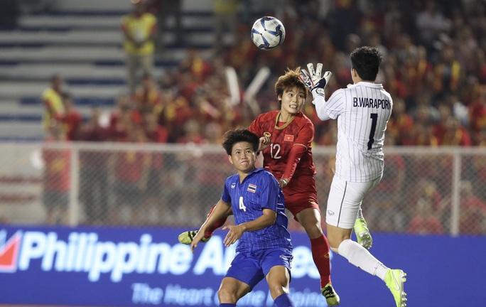 Thắng tuyển Thái Lan, Bóng đá nữ Việt Nam vẫn chiếm ngôi hậu - Ảnh 1.