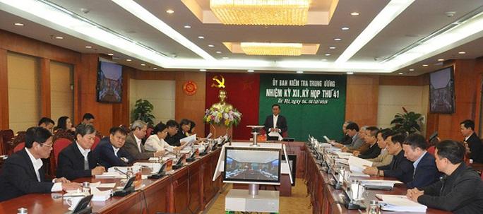 Đề nghị Bộ Chính trị xem xét, thi hành kỷ luật đối với ông Triệu Tài Vinh - Ảnh 1.