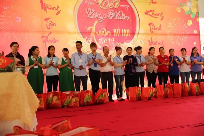 Lãnh đạo TP HCM vui Tết cùng công nhân - Ảnh 9.