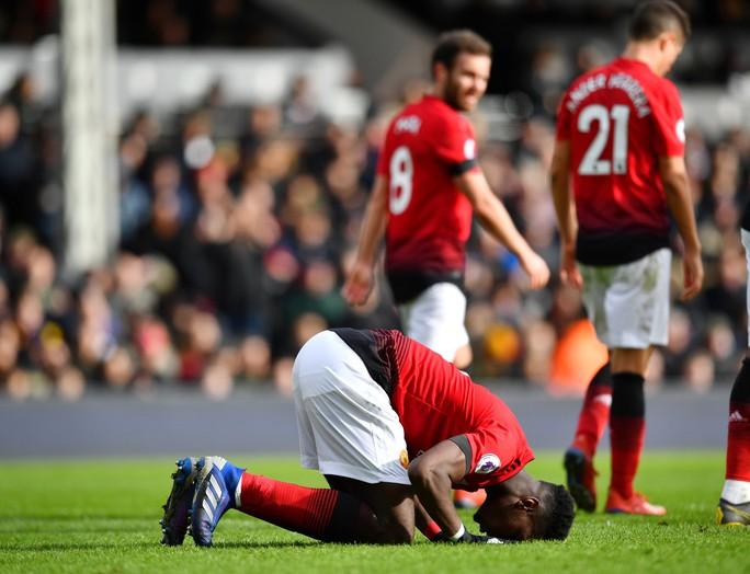 Paul Pogba rực sáng, Man United soán chỗ Chelsea ở Top 4 - Ảnh 6.
