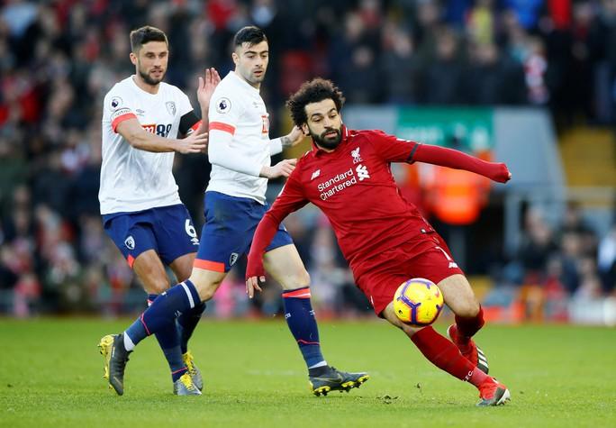 Paul Pogba rực sáng, Man United soán chỗ Chelsea ở Top 4 - Ảnh 9.