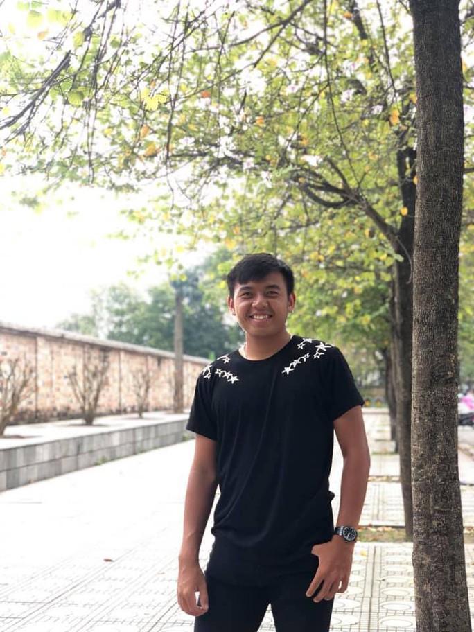 Vì mục tiêu lọt top 300 ATP, Lý Hoàng Nam phải ăn Tết xa nhà - Ảnh 2.