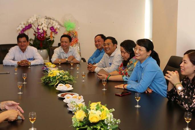 Chủ tịch LĐLĐ TP HCM chúc Tết Báo Người Lao Động - Ảnh 5.