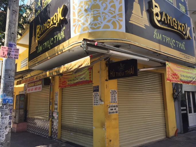 Mùng 7 Tết, nhiều hàng quán ở TP HCM vẫn chưa khai trương - Ảnh 10.