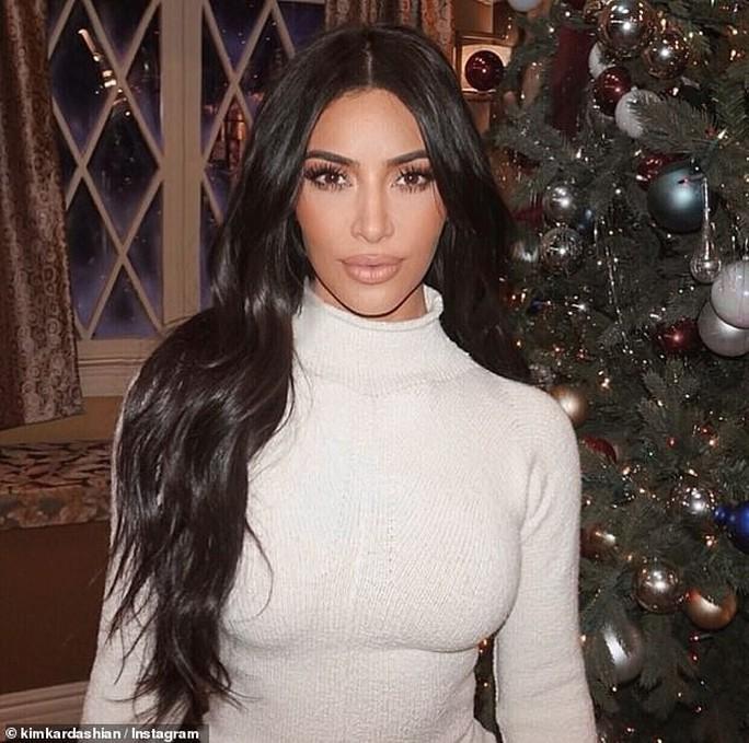 Kim Kardashian bị kiện đòi bồi thường 100 triệu USD - Ảnh 1.