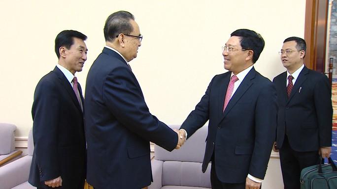 Phó Thủ tướng Phạm Bình Minh hội đàm với Bộ trưởng Ngoại giao Triều Tiên - Ảnh 3.
