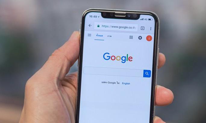 Google trả 10 tỉ USD để đặt công cụ tìm kiếm trên iPhone - Ảnh 1.