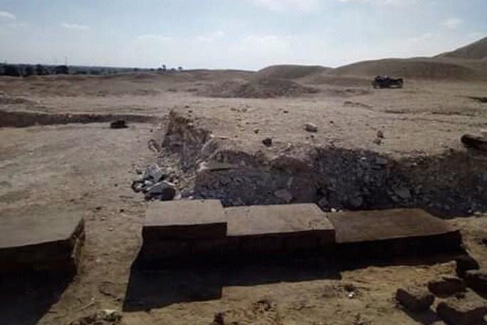 Thiếu nữ bí ẩn nằm bên đôi bò mộng trong mộ cổ Ai Cập - Ảnh 4.