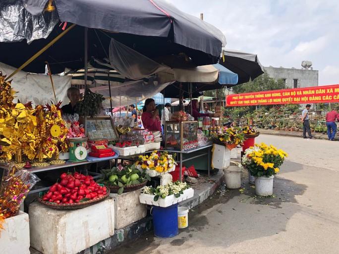 Kiểm tra an toàn thực phẩm tại đền Trần trước lễ khai ấn - Ảnh 14.