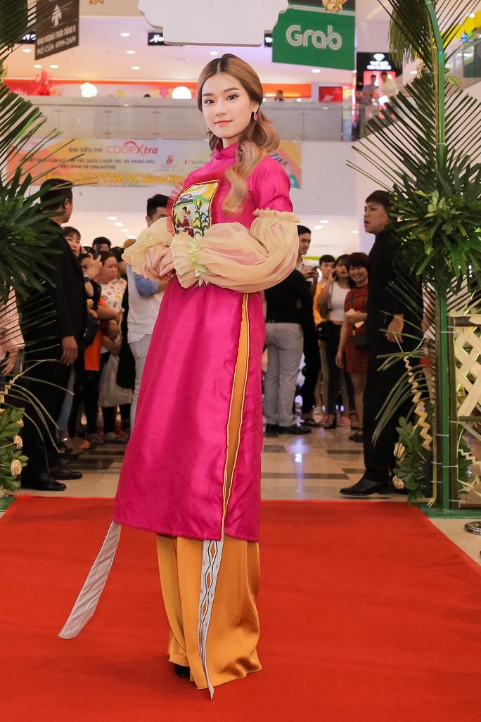 Ngọc Trinh và Diệu Nhi duyên dáng với đầm cô dâu - Ảnh 15.