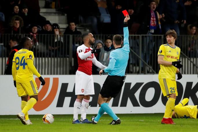 Arsenal thua đau, Chelsea mơ đi tiếp ở Europa League - Ảnh 4.