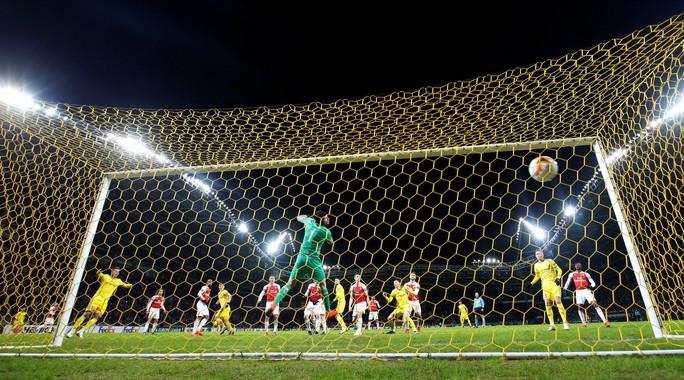 Arsenal thua đau, Chelsea mơ đi tiếp ở Europa League - Ảnh 3.