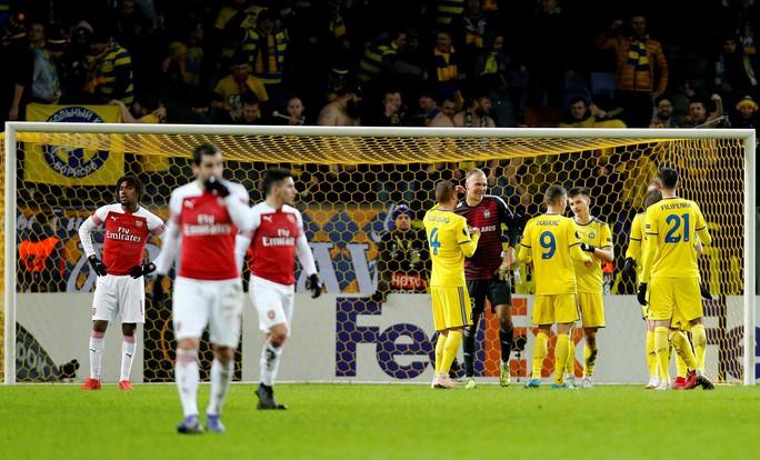 Arsenal thua đau, Chelsea mơ đi tiếp ở Europa League - Ảnh 5.