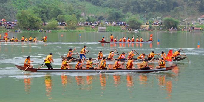 Độc đáo giải đua thuyền giữa lòng hồ thủy điện - Ảnh 17.