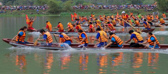 Độc đáo giải đua thuyền giữa lòng hồ thủy điện - Ảnh 18.